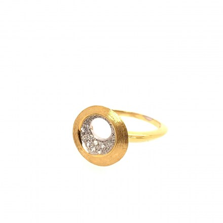 Gold 18kt Ring with Diamonds